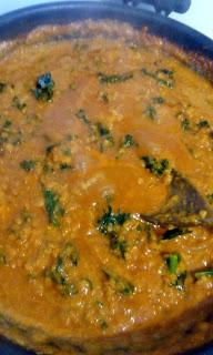 Curry z dynią z jarmużem i soczewicą