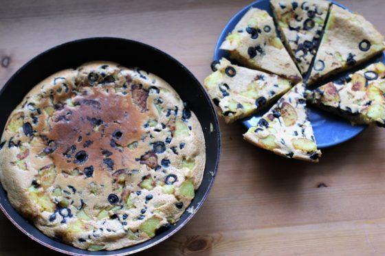 Wegańska tortilla z sosem Romanesco